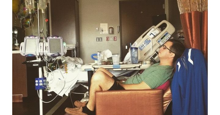 Picture or testicular cancer survivor Nate Goodman in the hospital